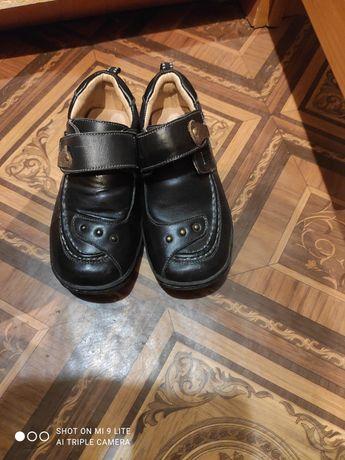 Туфли 30 размер на мальчика