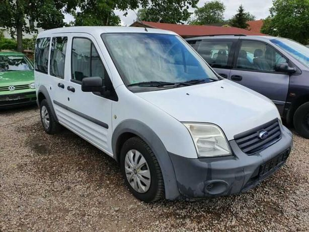 Dezmembrez Ford Tourneo Connect 1,8 tdci