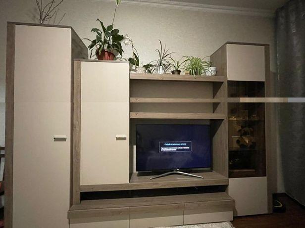 Мебель в гостинную (горка)