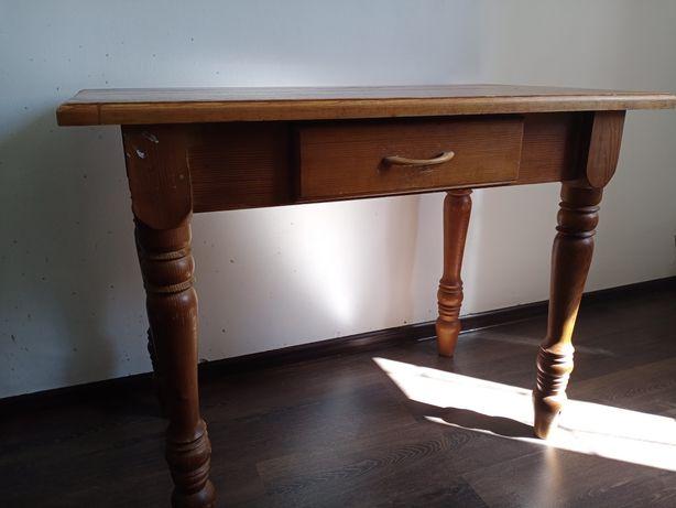 Продам стол дубовый