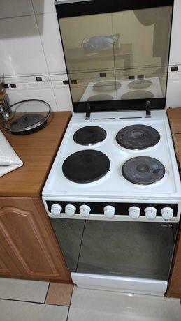 Электрическая плита Kaiser