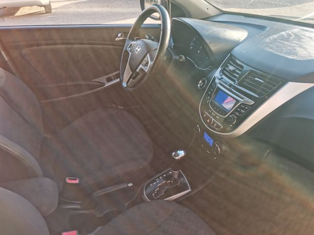 Рус учёт!  Hyundai solaris 2012 года 1.6 автомат. Полная комплектация.
