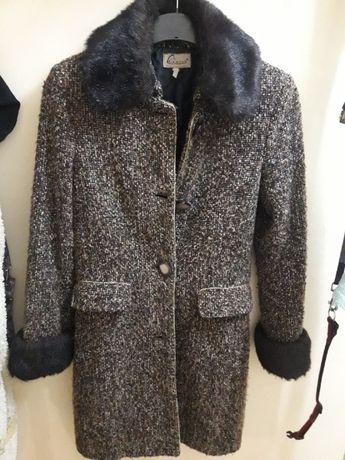 Дамско дълго палто