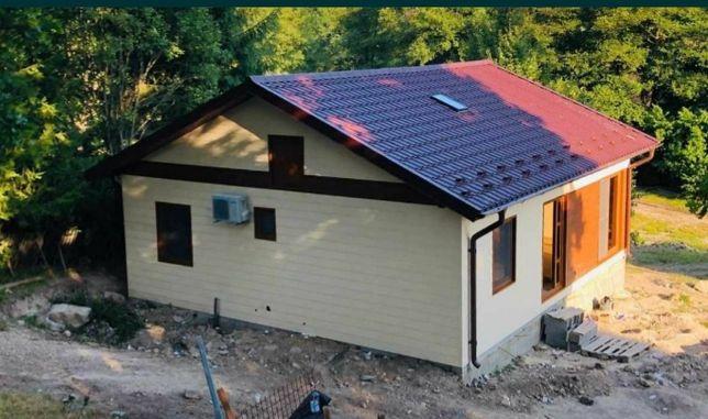 Vând casa 8x10 din panouri