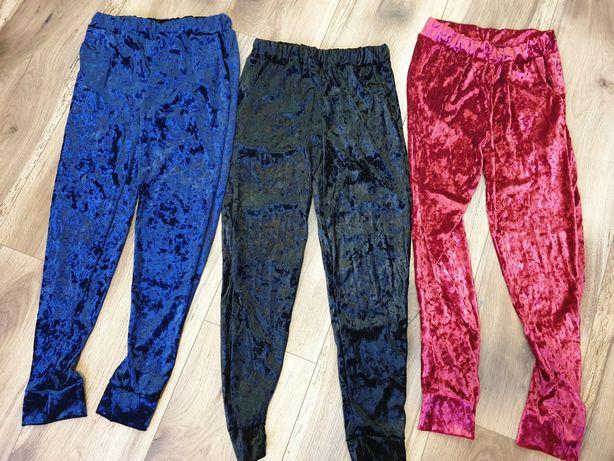 Pantaloni de catifea marimea M noi