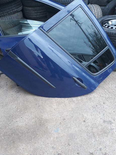 Ușa stângă spate Renault Clio 3 hatchback