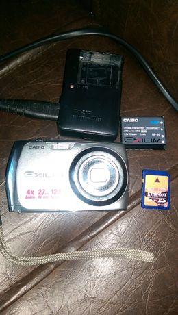 Фотоапарат - Casio EXILIM