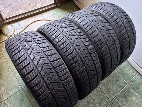 4 anvelope 215/50/18 Pirelli dot 2018
