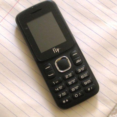Двух симковый телефон fly на запчастии - 2500 тенге