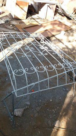Металлические решётки двери и перила  и.т.д всё что умеийм с металла
