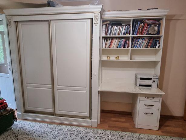 Комплект Шкаф, компьютерный стол, подставка