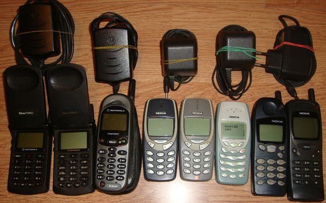 Pachet 8 Telefoane vechi Nokia si Motorola