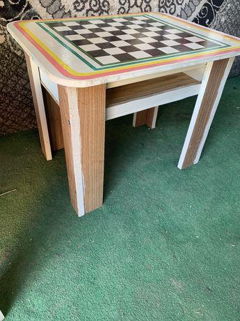 детские столики для шахмата и шашки