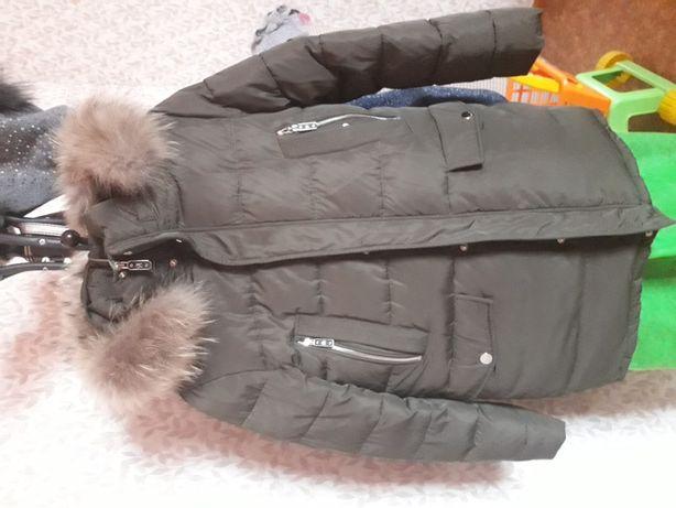 Зимняя куртка на 9-10 лет