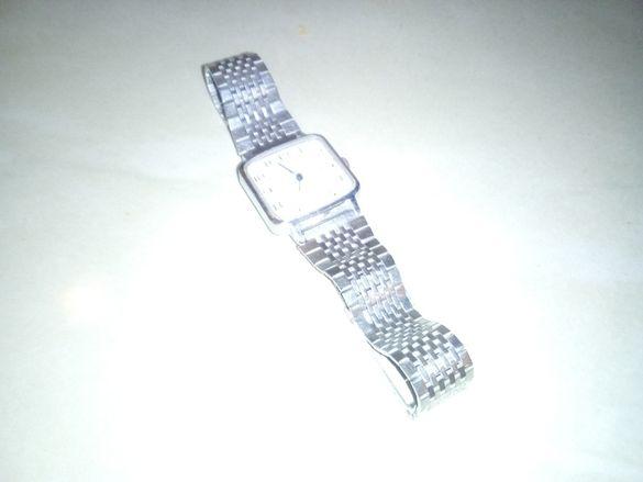 Продавам руски механичен ръчен часовник