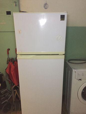 СРОЧНО! холодильник, можно на запчасти