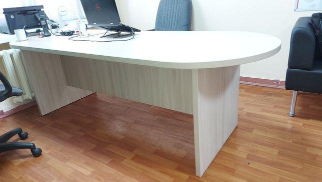 Стол конференционный офисный