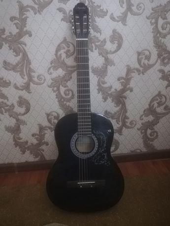 Акустическая гитара Agnetha