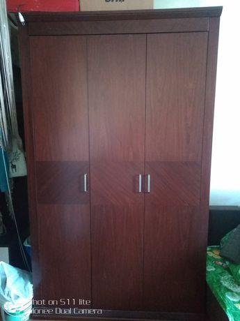 Шкаф деревянный   продам