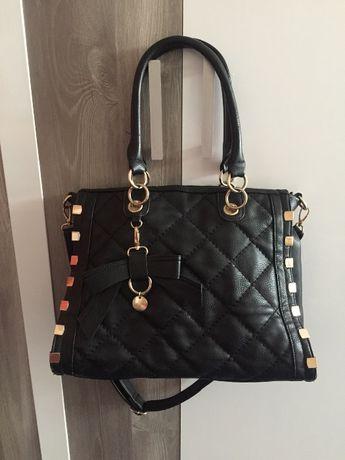 Уникална чанта с къса и дълга дръжка