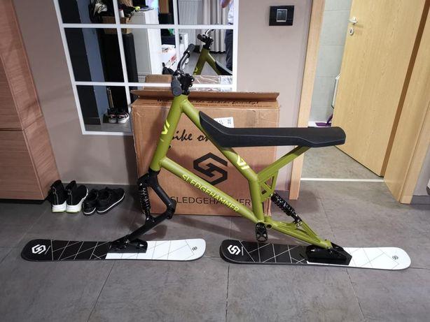 Schi bike, bicicletă pentru zăpadă