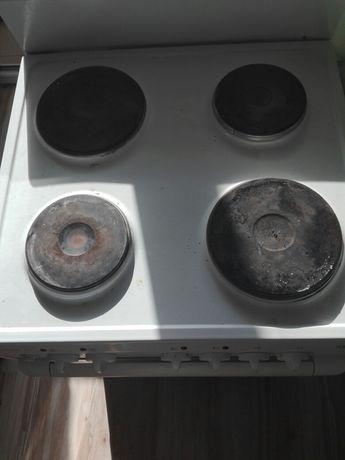 Продам элекро плиту