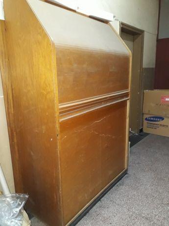 шкаф ,ролетен шкаф