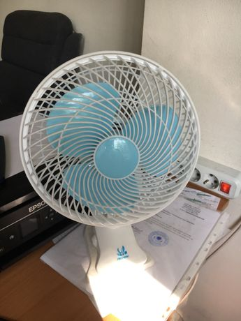 Продам вентилятор настольный