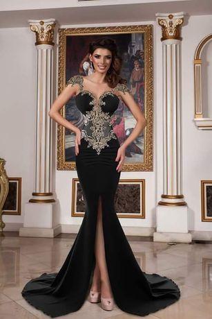 Vand rochie elegantă de seara