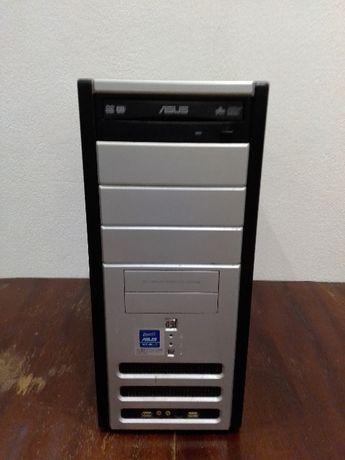 Продавам компютърна конфигурация