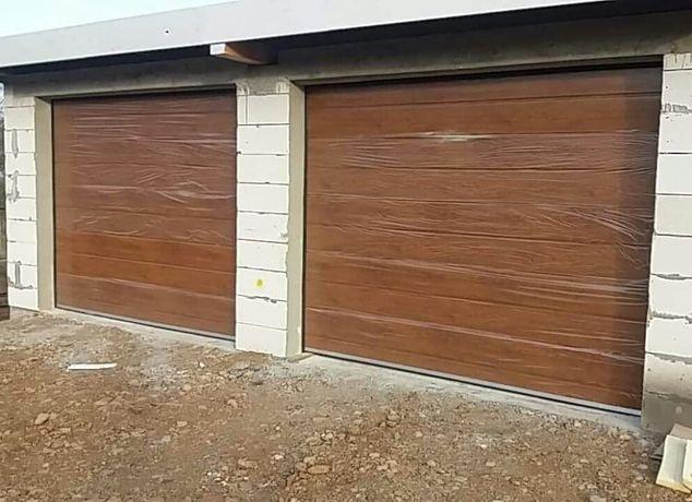 Usi de garaj stejar auriu 2800*2600