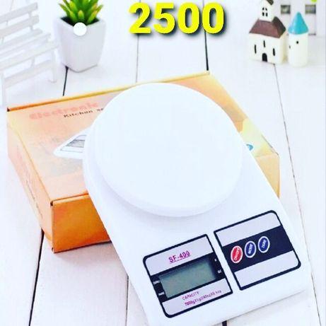 Продам весы кухонные новые