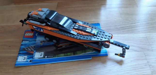 Lego City : Barca motorizata