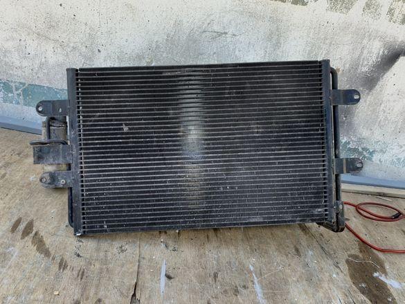 Климатичен радиатор от сеат леон Арл Голф 4 Арл ауди а3 131 radiator