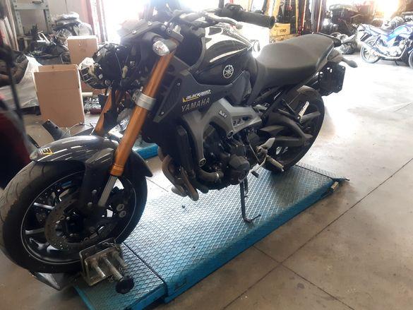 Мотоциклет Ямаха Мт-09(Yamaxa -MT 09)-на части