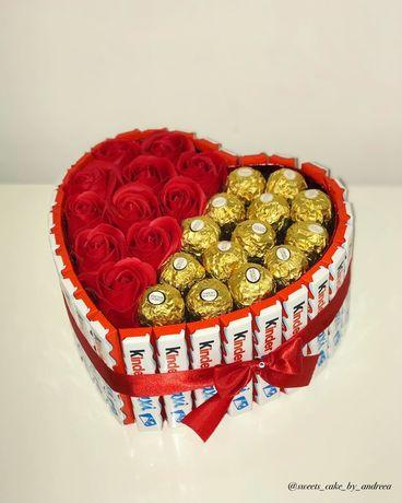 Aranjament dulciuri și trandafiri de săpun