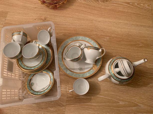 Сервиз чайный, производство Япония, 5 персон, 19 предметов.