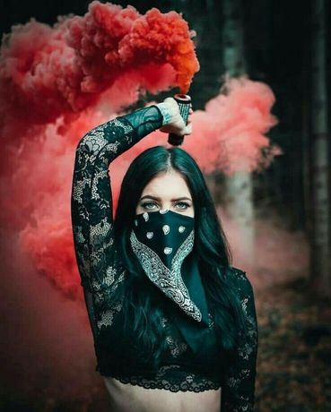 Fum colorat Fumigene colorate Fum pentru poze Fumigene Multicolore