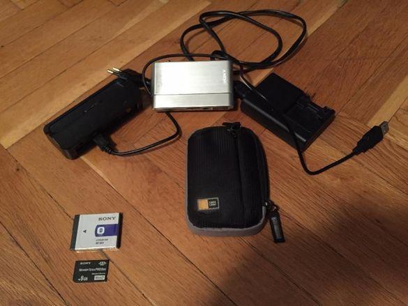 Sony Cyber-shot DSC-T900 [12.1 MPx]