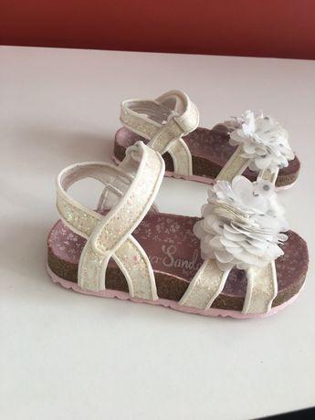 Sandalute m 26 / 8 uk, 27 / 9 uk ( ca noi)