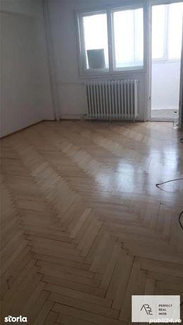 Vanzare apartament 3 camere 2 bai Calea Mosilor