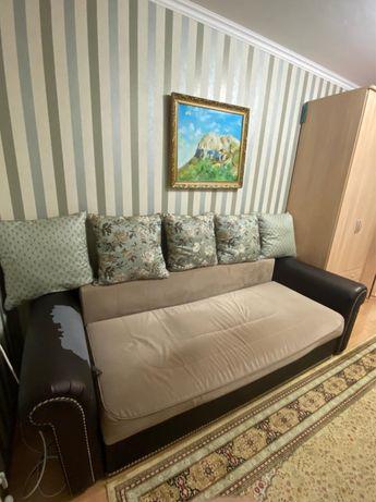 Срочно Продается раздвижной диван в хорошем состоянии!