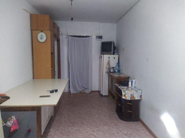 Продам комнату в общежитии БрЖубановых 257