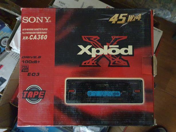 Продам новую магнитолу sony (кассетник)