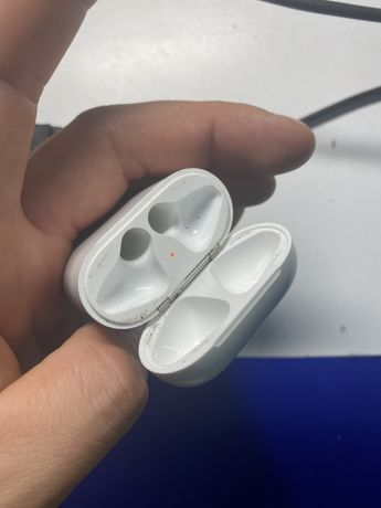Airpods 1 кейс
