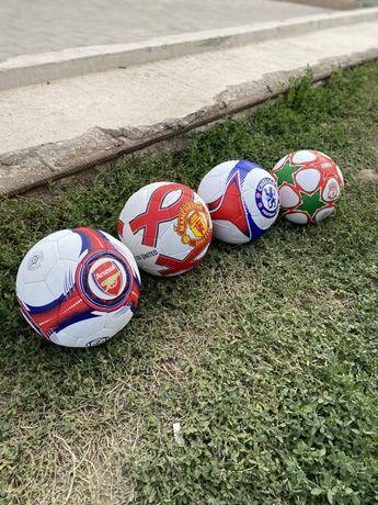 Футбольный мяч клубный 5 и 4