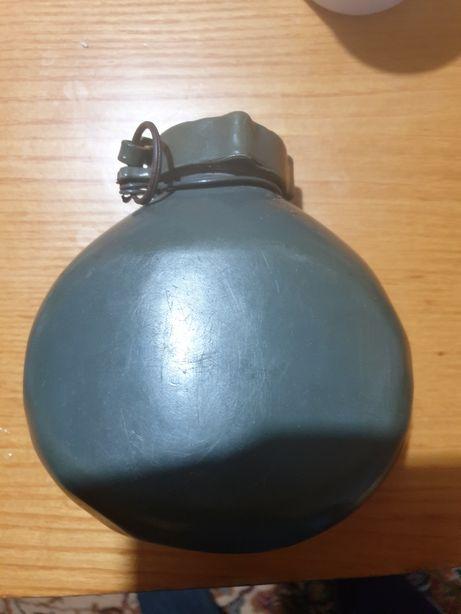 sticlă de apă militară