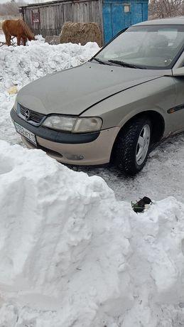Opel Vectra 1.8 обем