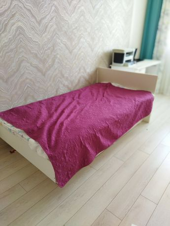 Кровать подростковая + матрас