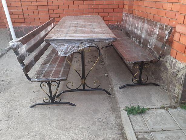 Столы со скамейками для дома
